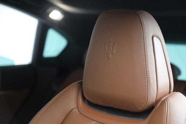 Used 2018 Maserati Levante GranSport for sale Sold at Bugatti of Greenwich in Greenwich CT 06830 16