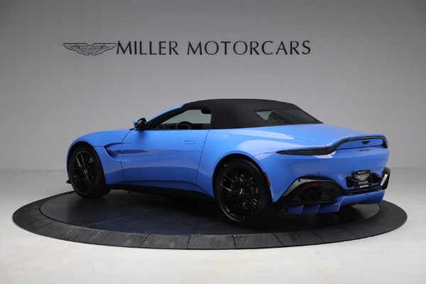 New 2021 Aston Martin Vantage Roadster for sale $186,386 at Bugatti of Greenwich in Greenwich CT 06830 14