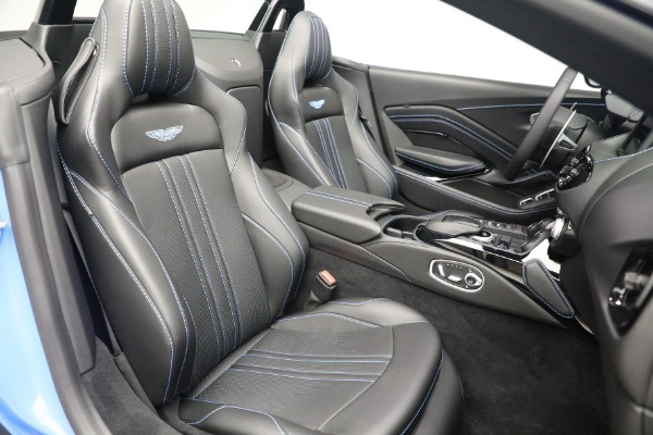 New 2021 Aston Martin Vantage Roadster for sale $186,386 at Bugatti of Greenwich in Greenwich CT 06830 22