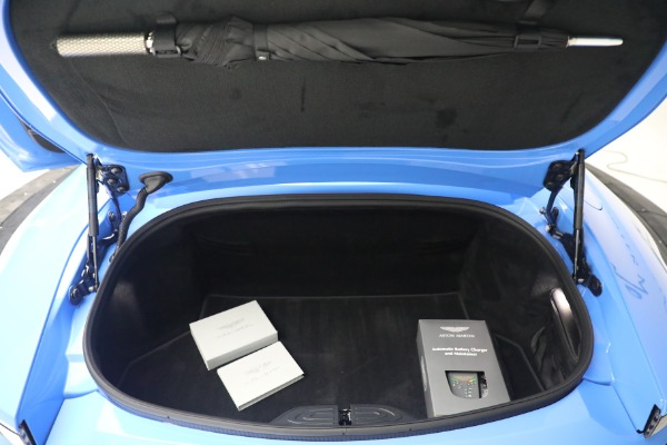 New 2021 Aston Martin Vantage Roadster for sale $186,386 at Bugatti of Greenwich in Greenwich CT 06830 25