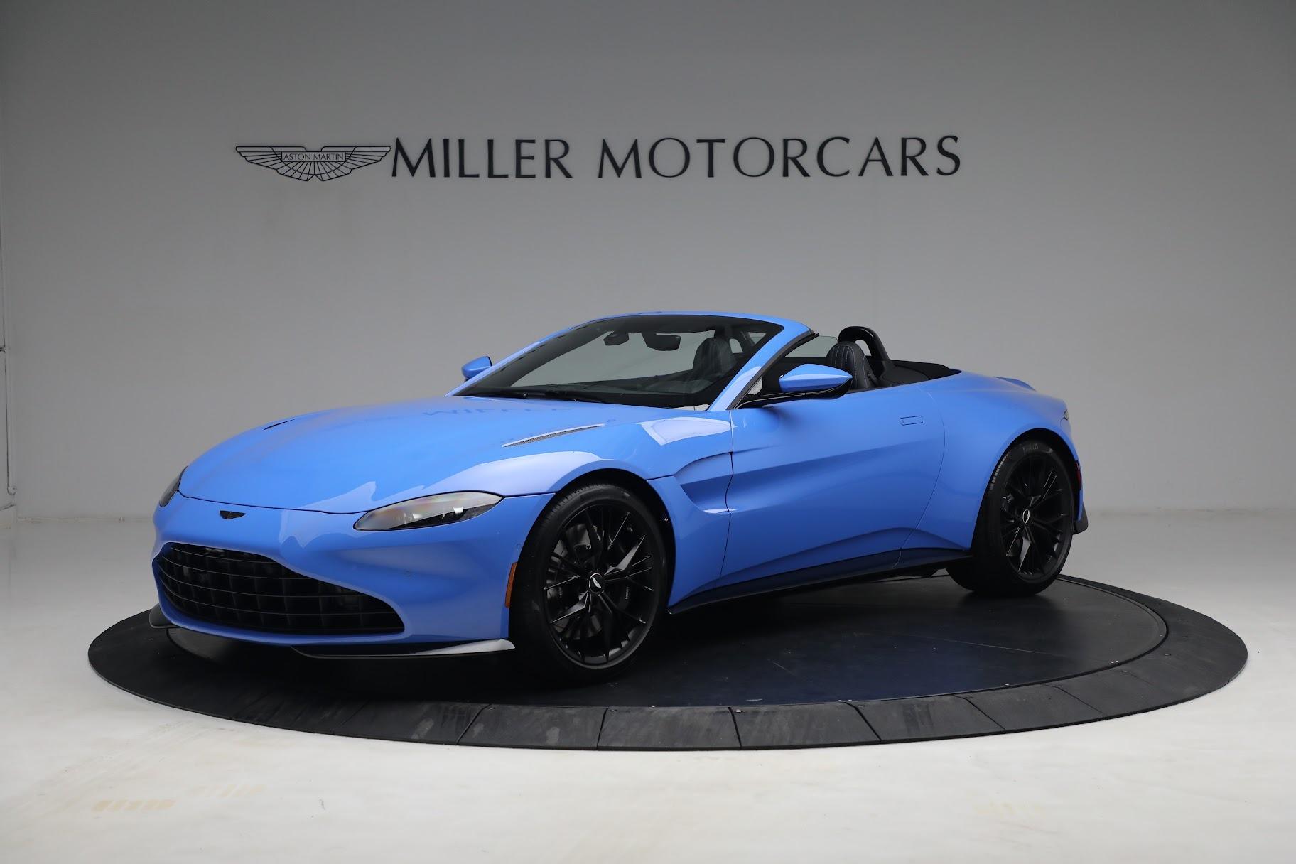 New 2021 Aston Martin Vantage Roadster for sale $186,386 at Bugatti of Greenwich in Greenwich CT 06830 1