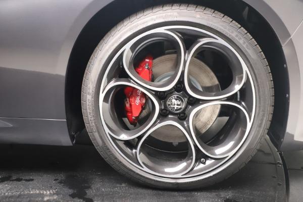 New 2022 Alfa Romeo Giulia Veloce for sale $52,845 at Bugatti of Greenwich in Greenwich CT 06830 23