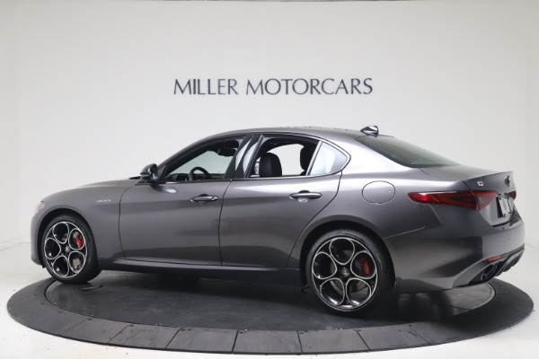 New 2022 Alfa Romeo Giulia Veloce for sale $52,845 at Bugatti of Greenwich in Greenwich CT 06830 4