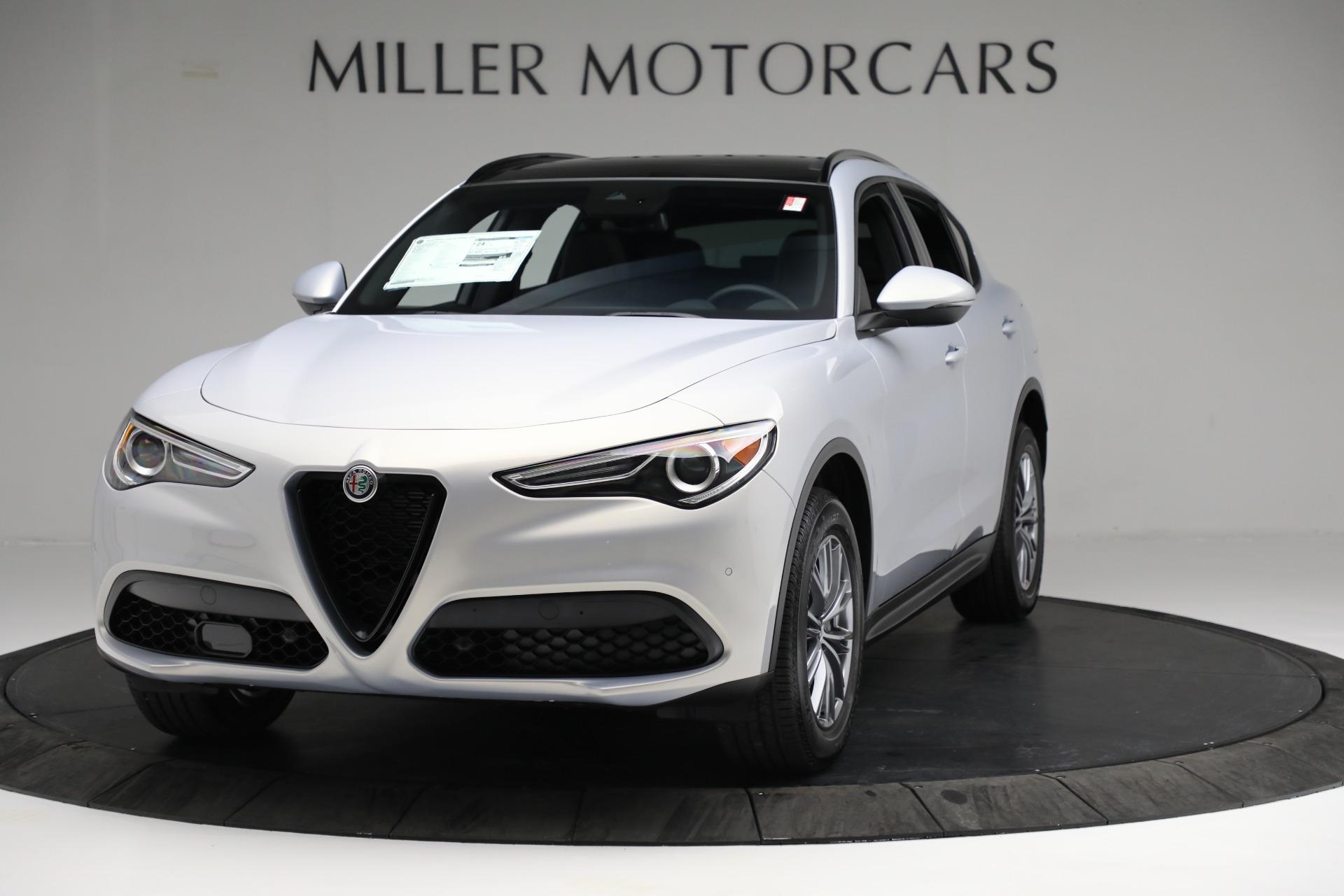 New 2022 Alfa Romeo Stelvio Sprint for sale $51,105 at Bugatti of Greenwich in Greenwich CT 06830 1