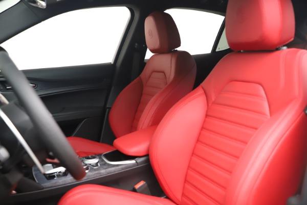 New 2022 Alfa Romeo Stelvio Sprint for sale $52,245 at Bugatti of Greenwich in Greenwich CT 06830 15