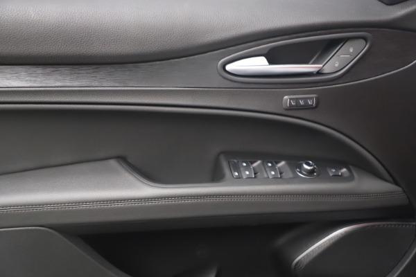New 2022 Alfa Romeo Stelvio Sprint for sale $52,245 at Bugatti of Greenwich in Greenwich CT 06830 16