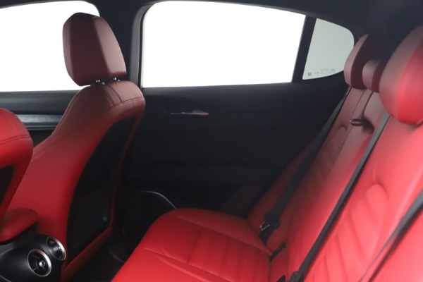 New 2022 Alfa Romeo Stelvio Sprint for sale $52,245 at Bugatti of Greenwich in Greenwich CT 06830 17