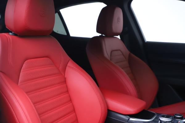 New 2022 Alfa Romeo Stelvio Sprint for sale $52,245 at Bugatti of Greenwich in Greenwich CT 06830 20