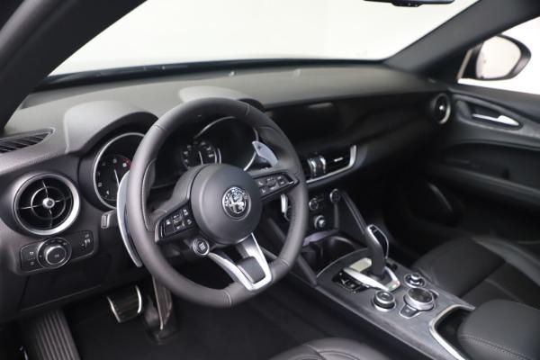 New 2022 Alfa Romeo Stelvio Sprint for sale $52,305 at Bugatti of Greenwich in Greenwich CT 06830 13