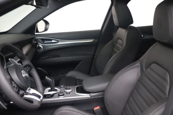 New 2022 Alfa Romeo Stelvio Veloce for sale Sold at Bugatti of Greenwich in Greenwich CT 06830 14