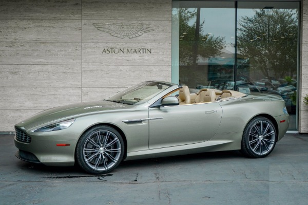 Used 2015 Aston Martin DB9 Volante for sale $119,990 at Bugatti of Greenwich in Greenwich CT 06830 2