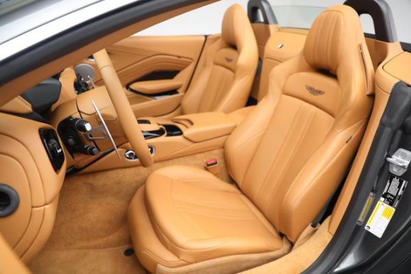 New 2021 Aston Martin Vantage Roadster for sale $174,586 at Bugatti of Greenwich in Greenwich CT 06830 14