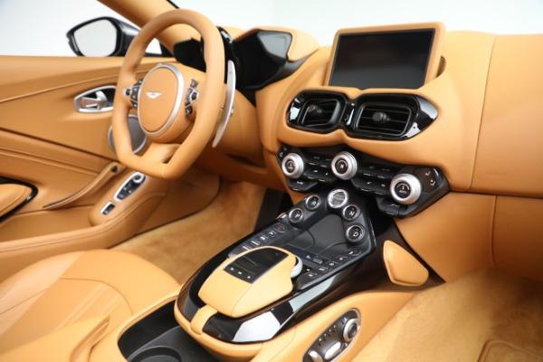 New 2021 Aston Martin Vantage Roadster for sale $174,586 at Bugatti of Greenwich in Greenwich CT 06830 16