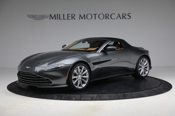 New 2021 Aston Martin Vantage Roadster for sale $174,586 at Bugatti of Greenwich in Greenwich CT 06830 18