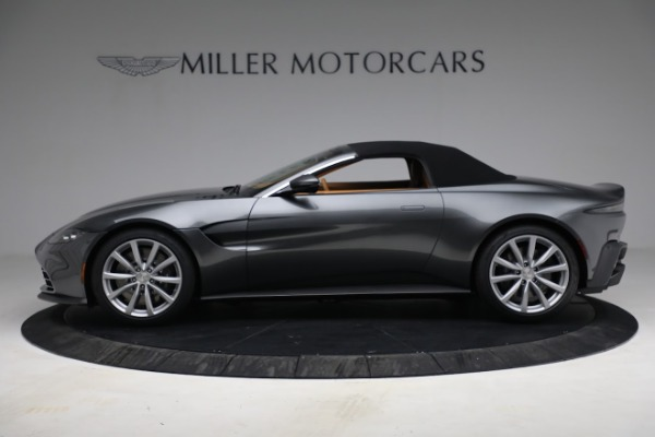 New 2021 Aston Martin Vantage Roadster for sale $174,586 at Bugatti of Greenwich in Greenwich CT 06830 19