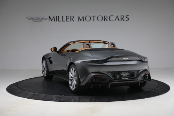 New 2021 Aston Martin Vantage Roadster for sale $174,586 at Bugatti of Greenwich in Greenwich CT 06830 4