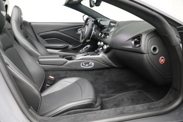 New 2021 Aston Martin Vantage Roadster for sale $180,286 at Bugatti of Greenwich in Greenwich CT 06830 19