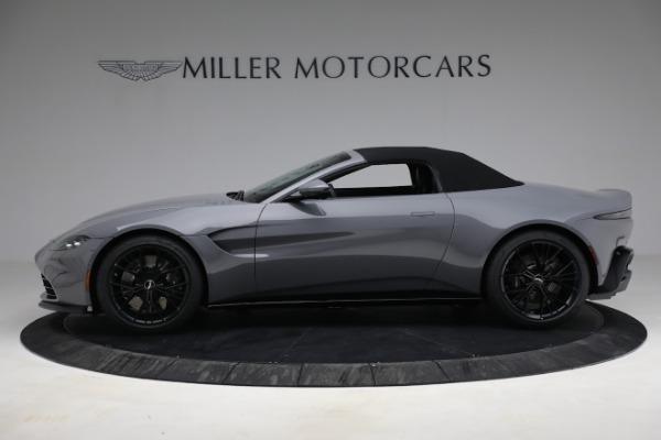 New 2021 Aston Martin Vantage Roadster for sale $180,286 at Bugatti of Greenwich in Greenwich CT 06830 22