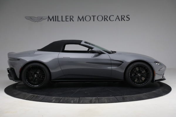 New 2021 Aston Martin Vantage Roadster for sale $180,286 at Bugatti of Greenwich in Greenwich CT 06830 24
