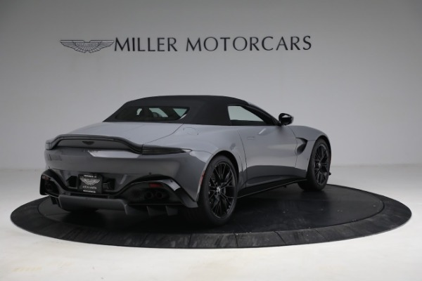 New 2021 Aston Martin Vantage Roadster for sale $180,286 at Bugatti of Greenwich in Greenwich CT 06830 25