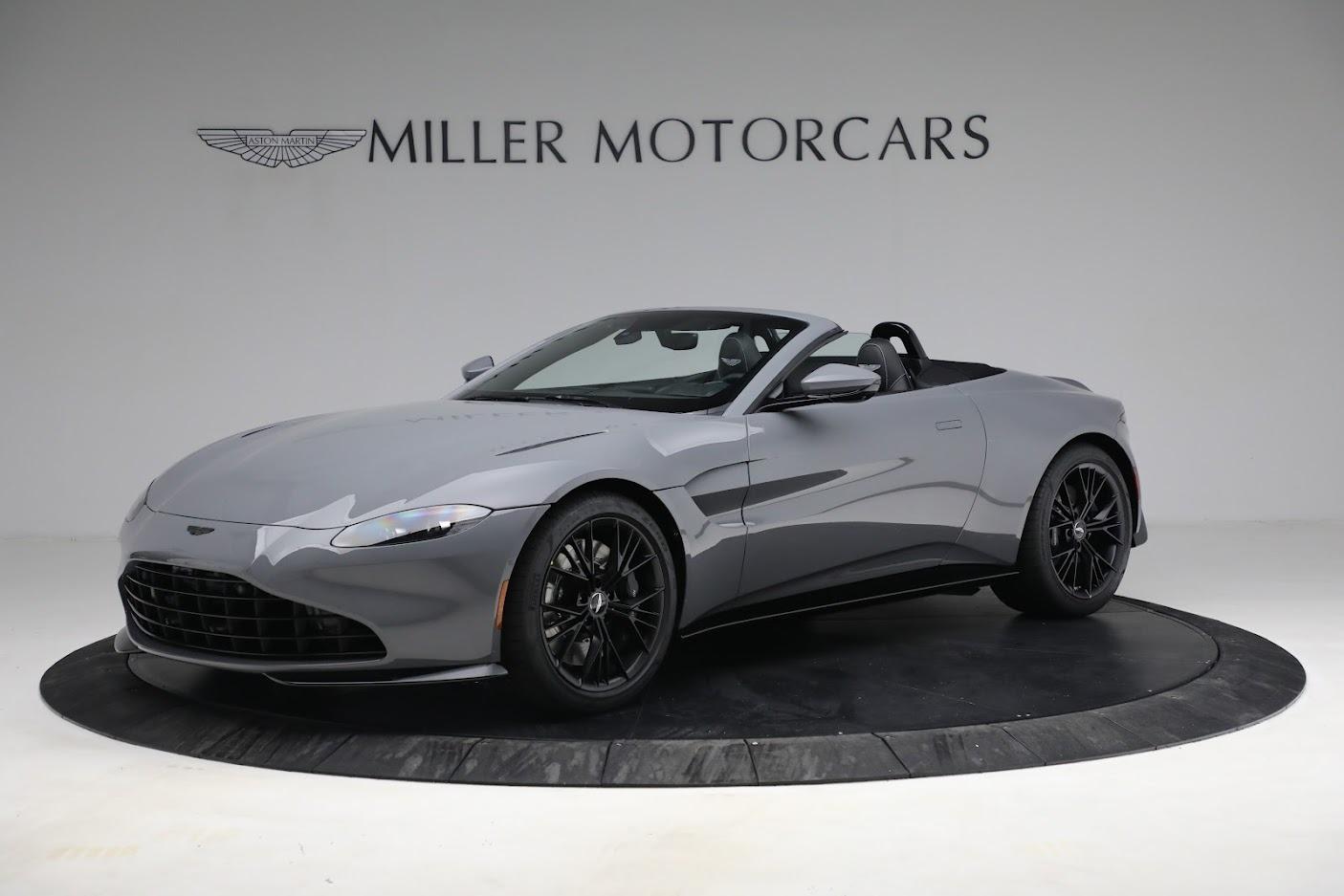 New 2021 Aston Martin Vantage Roadster for sale $180,286 at Bugatti of Greenwich in Greenwich CT 06830 1