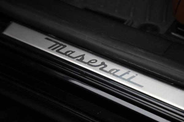 Used 2016 Maserati Quattroporte S Q4 for sale $46,900 at Bugatti of Greenwich in Greenwich CT 06830 19