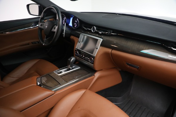 Used 2016 Maserati Quattroporte S Q4 for sale $46,900 at Bugatti of Greenwich in Greenwich CT 06830 26