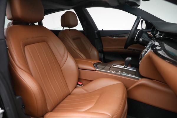 Used 2016 Maserati Quattroporte S Q4 for sale $46,900 at Bugatti of Greenwich in Greenwich CT 06830 28