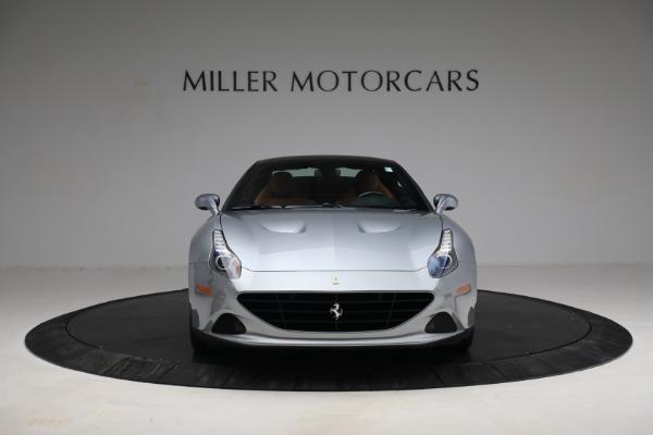 Used 2017 Ferrari California T for sale Sold at Bugatti of Greenwich in Greenwich CT 06830 24