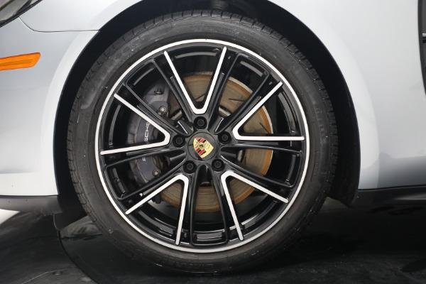 Used 2018 Porsche Panamera 4 Sport Turismo for sale $97,900 at Bugatti of Greenwich in Greenwich CT 06830 15