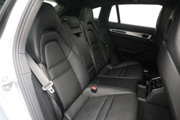 Used 2018 Porsche Panamera 4 Sport Turismo for sale $97,900 at Bugatti of Greenwich in Greenwich CT 06830 28