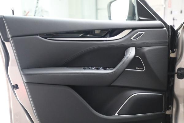 Used 2018 Maserati Levante for sale $57,900 at Bugatti of Greenwich in Greenwich CT 06830 15
