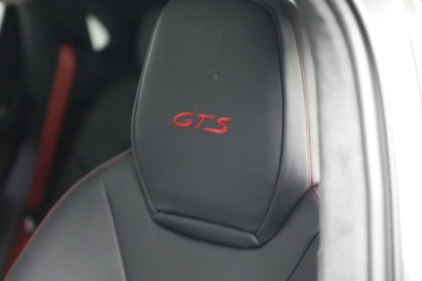 Used 2021 Porsche Cayenne GTS Coupe for sale Sold at Bugatti of Greenwich in Greenwich CT 06830 17