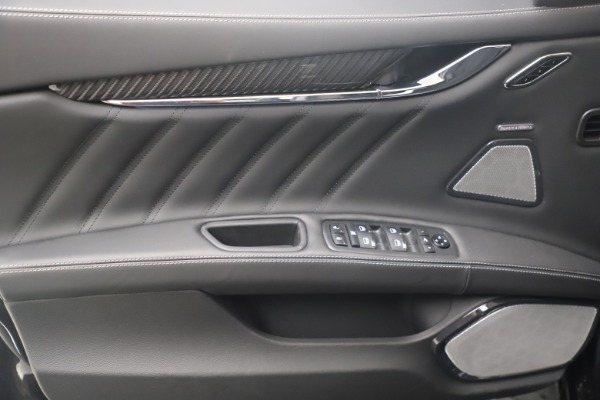 New 2022 Maserati Quattroporte Modena Q4 for sale $131,195 at Bugatti of Greenwich in Greenwich CT 06830 16