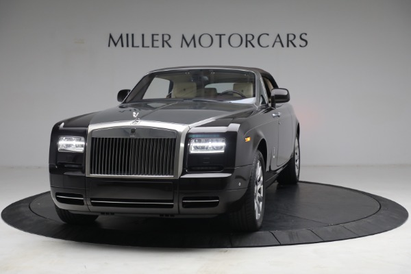 Used 2015 Rolls-Royce Phantom Drophead Coupe for sale Call for price at Bugatti of Greenwich in Greenwich CT 06830 14