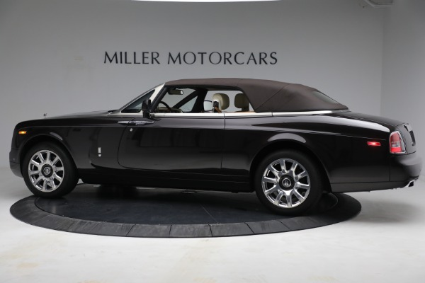 Used 2015 Rolls-Royce Phantom Drophead Coupe for sale Call for price at Bugatti of Greenwich in Greenwich CT 06830 17