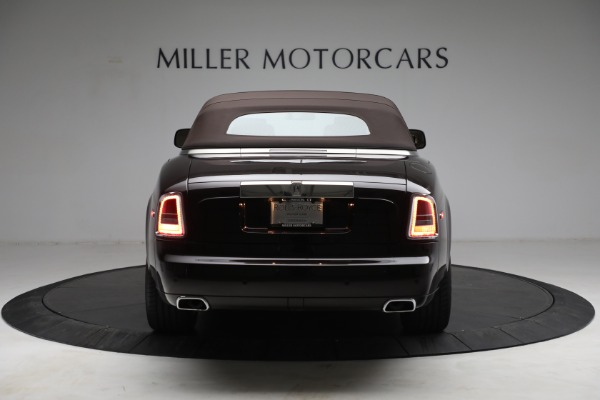 Used 2015 Rolls-Royce Phantom Drophead Coupe for sale Call for price at Bugatti of Greenwich in Greenwich CT 06830 19
