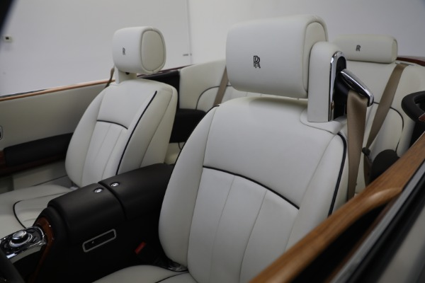 Used 2015 Rolls-Royce Phantom Drophead Coupe for sale Call for price at Bugatti of Greenwich in Greenwich CT 06830 25