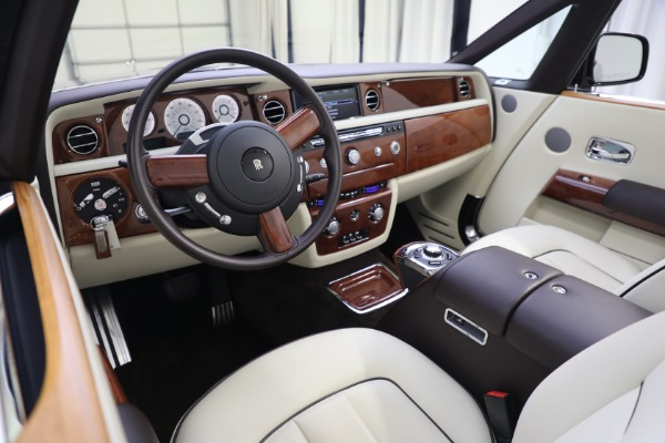 Used 2015 Rolls-Royce Phantom Drophead Coupe for sale Call for price at Bugatti of Greenwich in Greenwich CT 06830 27