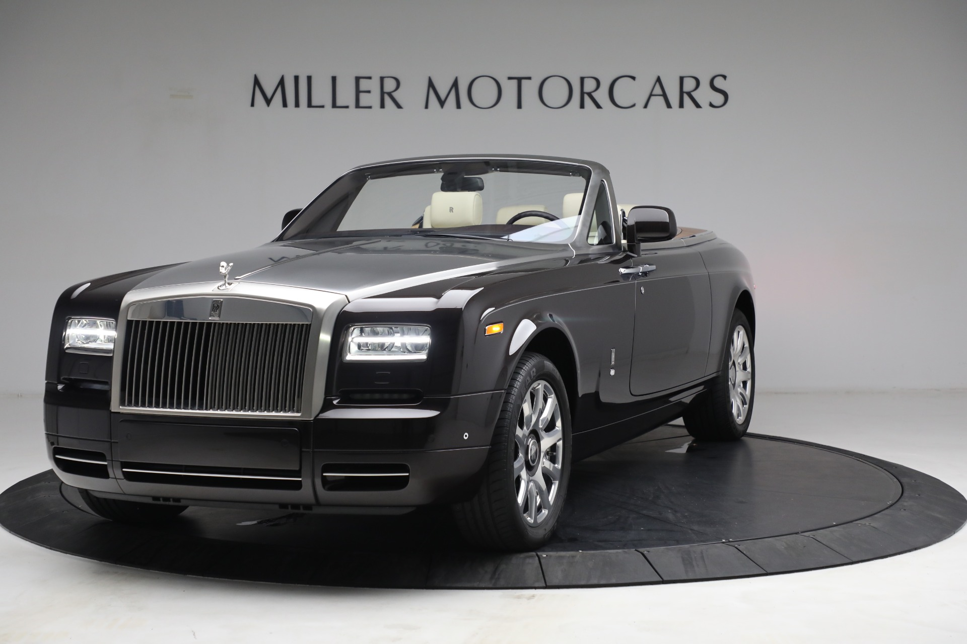 Used 2015 Rolls-Royce Phantom Drophead Coupe for sale Call for price at Bugatti of Greenwich in Greenwich CT 06830 1