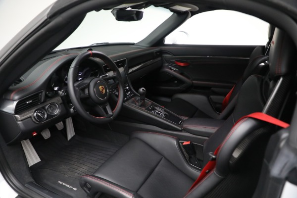 Used 2019 Porsche 911 Speedster for sale Sold at Bugatti of Greenwich in Greenwich CT 06830 22