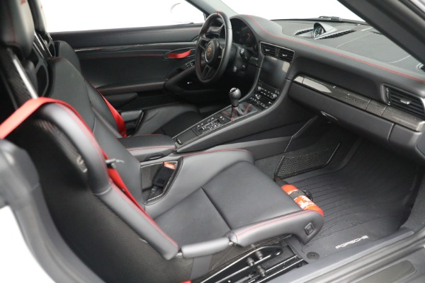 Used 2019 Porsche 911 Speedster for sale Sold at Bugatti of Greenwich in Greenwich CT 06830 25