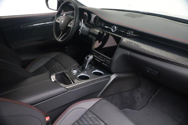 New 2022 Maserati Quattroporte Modena Q4 for sale $128,775 at Bugatti of Greenwich in Greenwich CT 06830 17