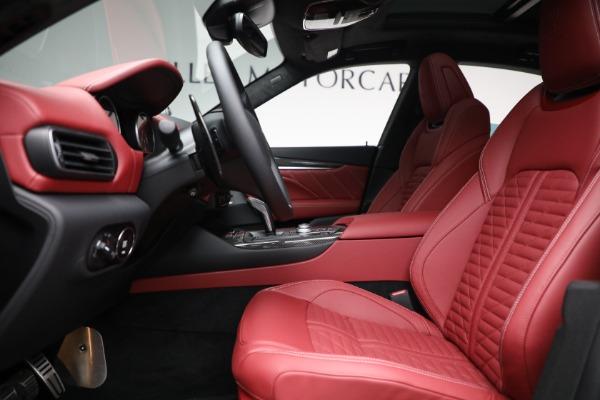 New 2022 Maserati Levante Trofeo for sale $155,045 at Bugatti of Greenwich in Greenwich CT 06830 14