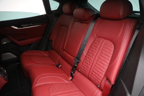 New 2022 Maserati Levante Trofeo for sale $155,045 at Bugatti of Greenwich in Greenwich CT 06830 24