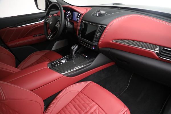 New 2022 Maserati Levante Trofeo for sale $155,045 at Bugatti of Greenwich in Greenwich CT 06830 26