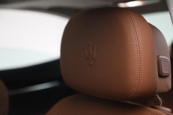 New 2022 Maserati Ghibli Modena Q4 for sale $86,645 at Bugatti of Greenwich in Greenwich CT 06830 16