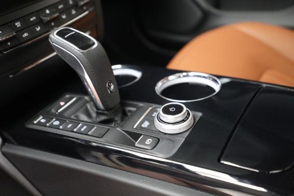 New 2022 Maserati Ghibli Modena Q4 for sale $86,645 at Bugatti of Greenwich in Greenwich CT 06830 18