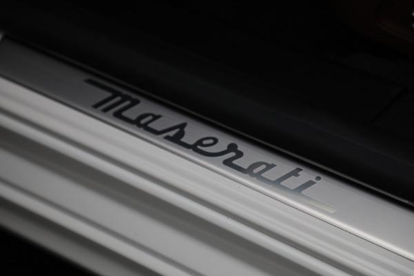 New 2022 Maserati Ghibli Modena Q4 for sale $86,645 at Bugatti of Greenwich in Greenwich CT 06830 19