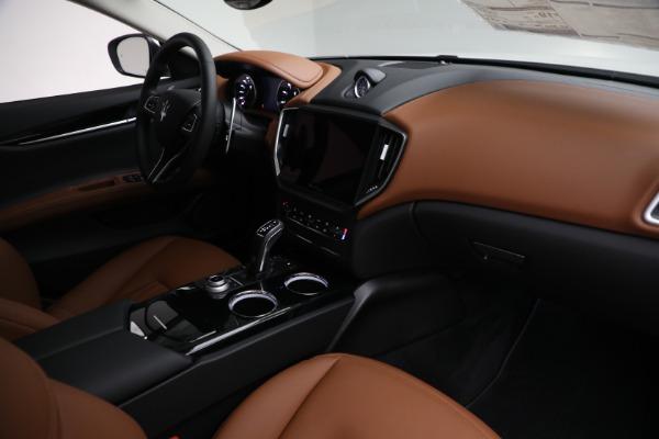 New 2022 Maserati Ghibli Modena Q4 for sale $86,645 at Bugatti of Greenwich in Greenwich CT 06830 24